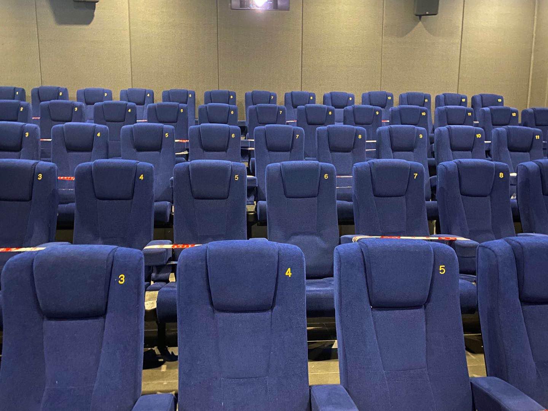下载欧博真人客户端:独家观察:电影院重启,为影迷带来观影新体验 第17张