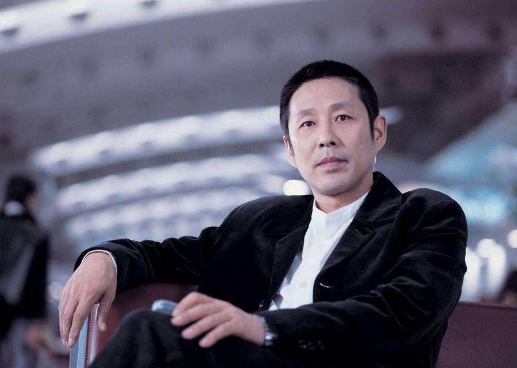 陈道明出席北影节启动式 与业界代表共话行业发展