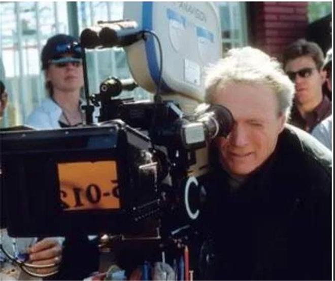 【佳片有约】看汤姆·汉克斯如何演绎《萨利机长》