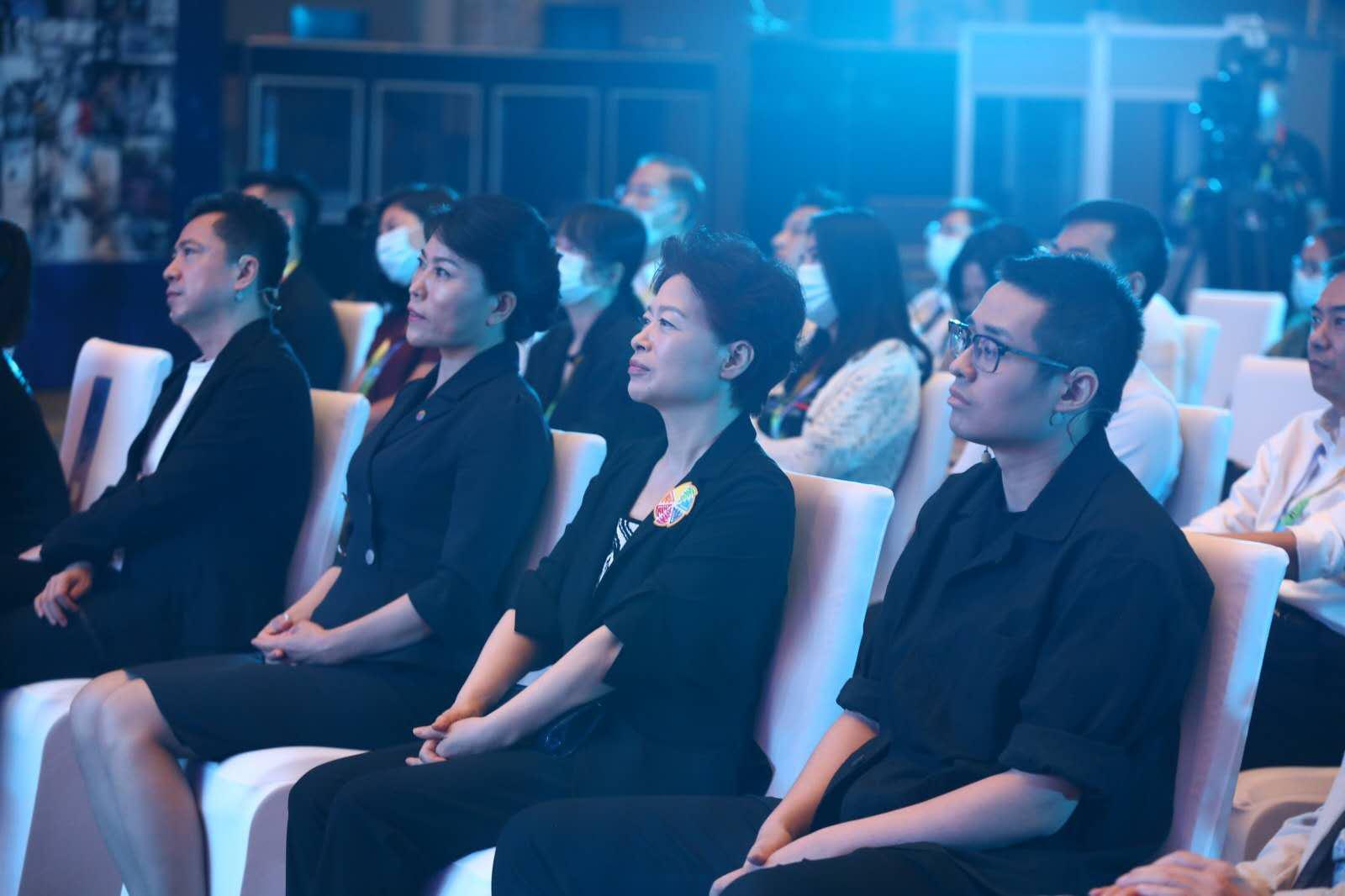 """""""十年·如影——北影节十周年主题论坛""""举办"""