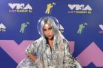口罩防疫宣传大使!LadyGaGa惊艳亮相VMA典礼