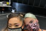 A妹曬VMA后臺美照 和LadyGaGa戴口罩親密合影