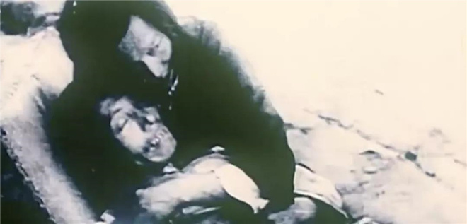 皇冠注册:《东京审讯》:这是一部所有中国人都必看的影片 第3张
