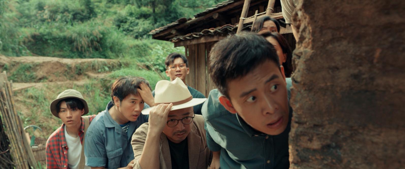《我和我的家乡》致敬乡村教师 徐峥王俊凯首合作