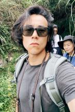 """彭于晏与好友出游晒""""直男自拍"""" 懒理新角色争议"""