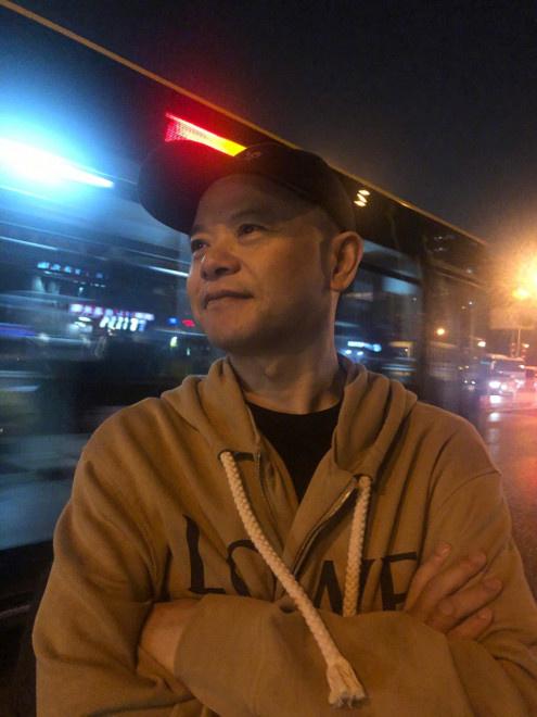 父亲去世后黄子韬发文:我一辈子都不会让我爸失望