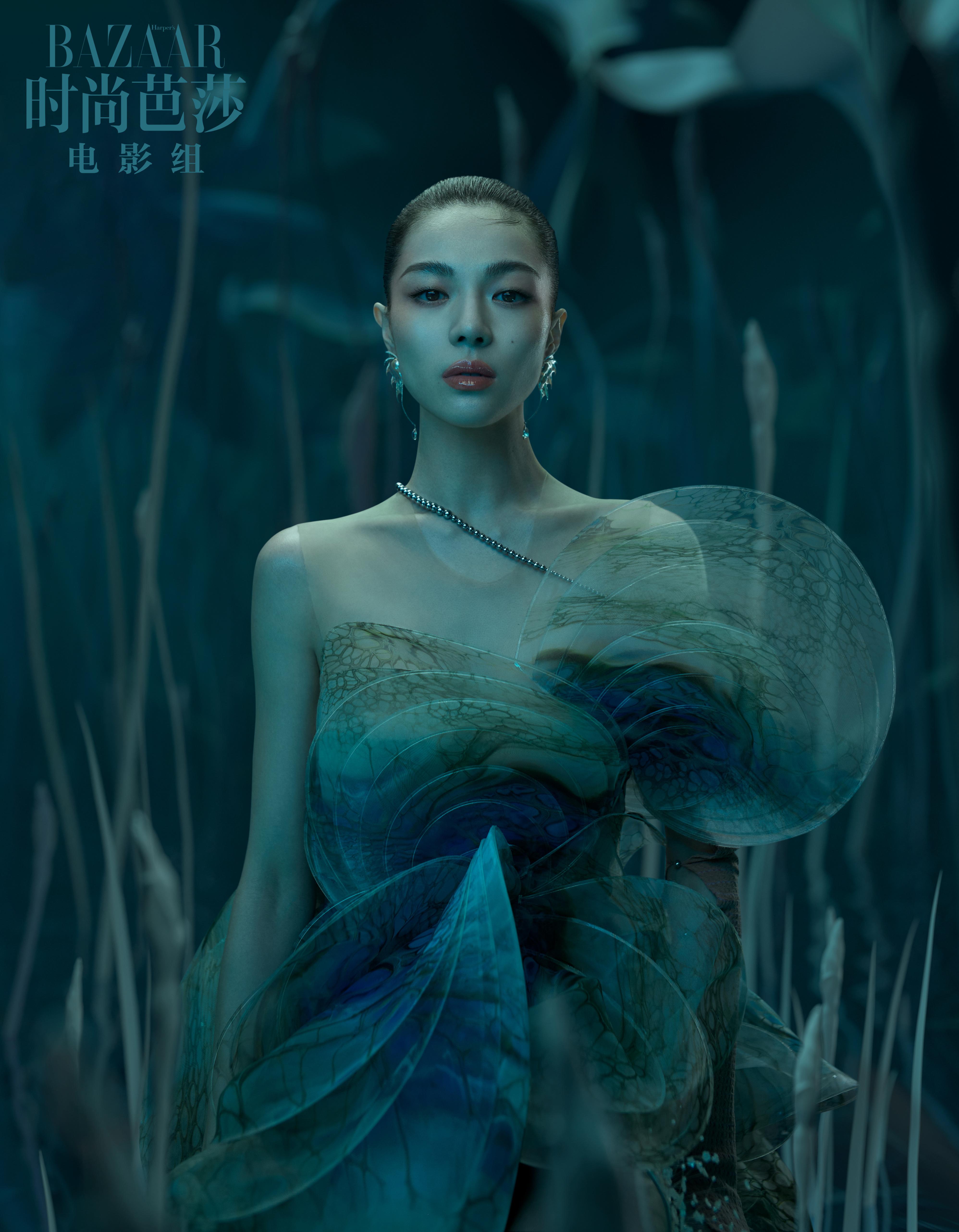 钟楚曦镜花水月大片公布 尤物与灵兽打造梦幻画面 第1张