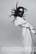 宋茜暗黑公主造型登封 气场全开展绝佳时尚表现力