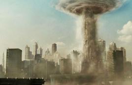 未来人住垂直城市,层数越高越富有,富人排的毒气让穷人吸!