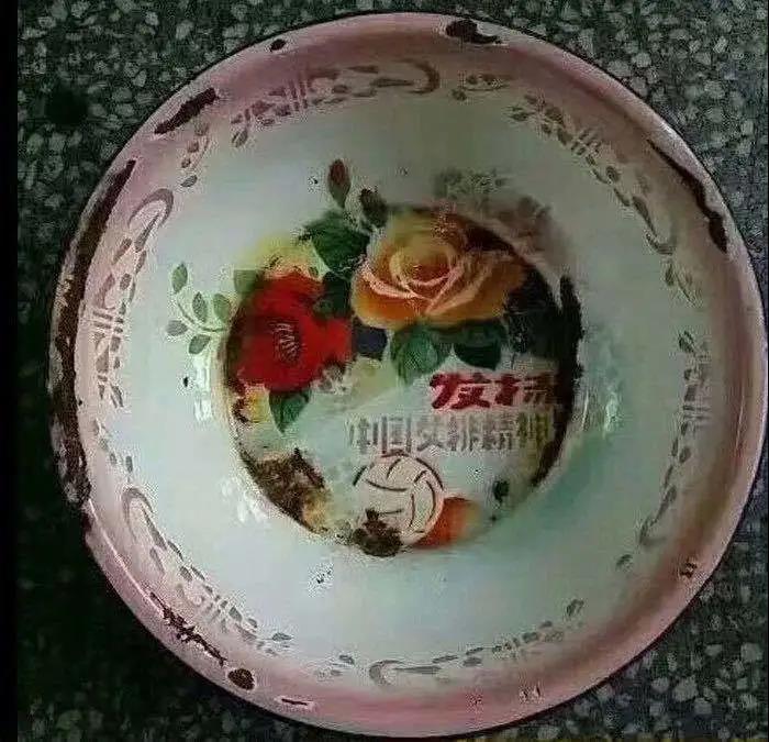 「一波三折终」相见!影戏《夺冠》9月25日天下公映 第11张