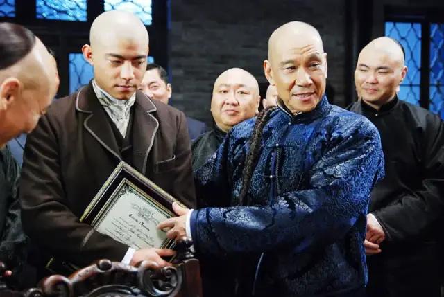 中国香港导演奏响主旋律之歌,国庆档再度霸屏! 第10张