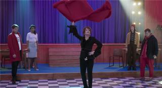 《舞會》曝劇照 梅麗爾和妮可等全明星集結唱跳