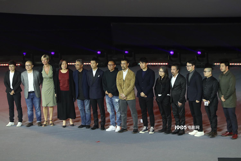 贾樟柯等为田壮壮发表声誉 《不浪漫》延期拍摄