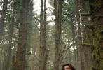 """时隔一年,""""全民男友""""加拿大歌手""""萌德""""肖恩·蒙德兹带着他新专辑同名首单《Wonder》回归,发行当天就突破400万次点播,MV也已超过1500万次点击。MV中,萌德穿着简单的白背心出镜,大秀好身材。然而,萌德此次回归惊喜远不止这一个。近日有消息称,他的新专辑将与""""情敌""""贾斯汀·比伯破冰合作。"""
