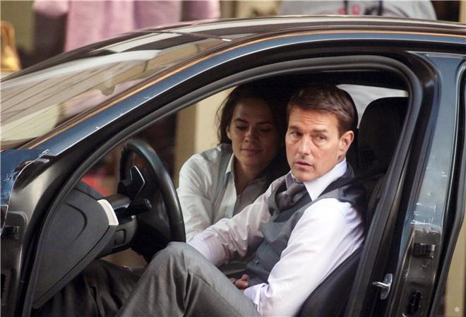 《碟中谍7》重返意大利拍摄 阿汤哥现身罗马街头