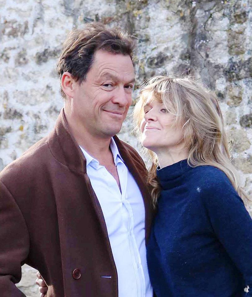 50岁人夫吻爱妻发声明回应丑闻 詹莉莉插足秒被甩 第1张