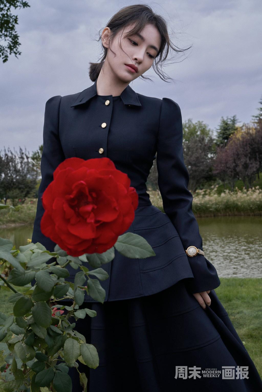 许佳琪赵小棠携手拍摄森系大片 静享秋天惬意时光 第3张