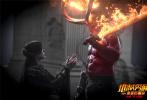 """好莱坞巨制《地狱男爵:血皇后崛起》正式定档11月9日,并发布定档海报、预告。电影由热门美剧《权力的游戏》导演尼尔·马歇尔执导,集结大卫·哈伯、""""生化女""""米拉·乔沃维奇、丹尼尔·金、萨莎·莱恩等好莱坞实力派明星组合。电影不仅拥有全程燃炸爽的动作打斗,更有好莱坞顶尖特效团队构建的庞大史诗怪兽场景,绝对是喜爱视效动作大片观众的观影首选。"""