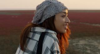诗和远方近在咫尺 《情定红海滩》怎样完美融合文旅与爱情?
