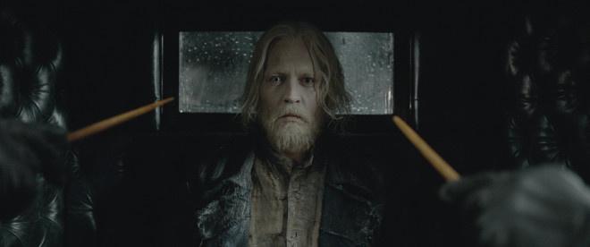 德普造型师晒照 表示《神奇3》格林德沃回归长发?