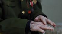 老兵韓春、王文學回憶抗美援朝戰場上的殊死搏斗