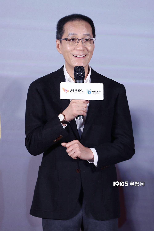"""冯远征新片变身拾荒老人 抨击演员综艺""""作秀"""""""
