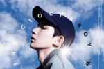王源全新写真释出 飘带西装配棒球帽少年感十足