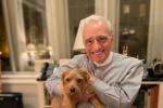 马丁·斯科塞斯晒照庆祝78岁生日 与宠物温馨合影