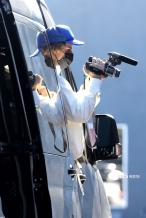专心搞事业!贾斯汀·比伯为全新纪录片掌镜拍素材