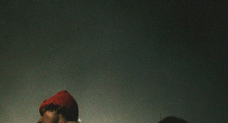 萌德×比伯新单《Monster》封面 破冰合作引期待