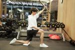 """王俊凯""""出关""""告别健身餐 身高180只有48.2公斤"""