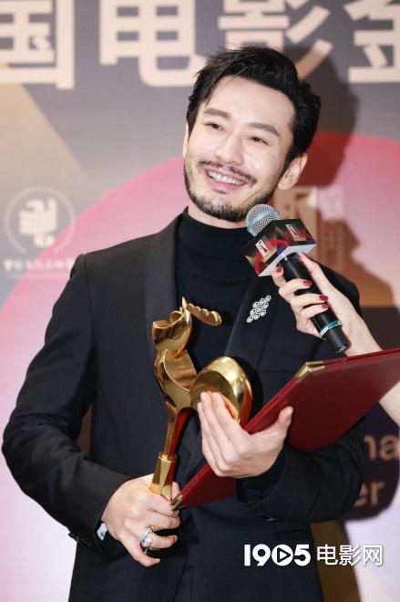 allbet币游(allbet6.com):缔造历史!黄晓明再夺最佳男主角 成金鸡奖第一人