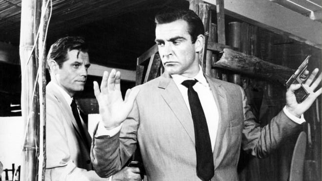 环球ug(allbet6.com):《007》道具拍卖 肖恩·康纳利手枪卖出25万美元