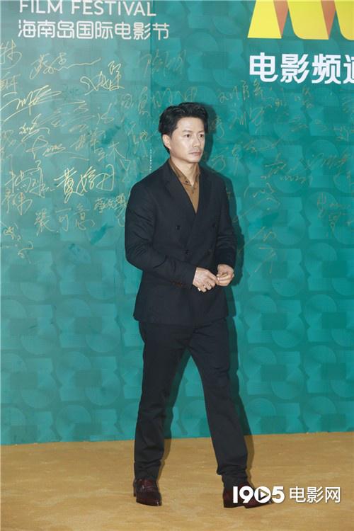 海南岛电影节红毯星光熠熠 成龙章子怡佟丽娅亮相 第7张