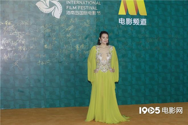 海南岛电影节红毯星光熠熠 成龙章子怡佟丽娅亮相 第3张