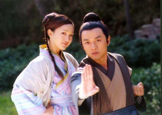 电银付小盟主(dianyinzhifu.com):与高圣远竣事六年婚姻!周迅27年9段崎岖情路 第5张