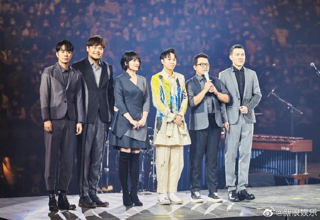 苏打绿官博发布新歌MV 时隔三年再合体惹粉丝热泪