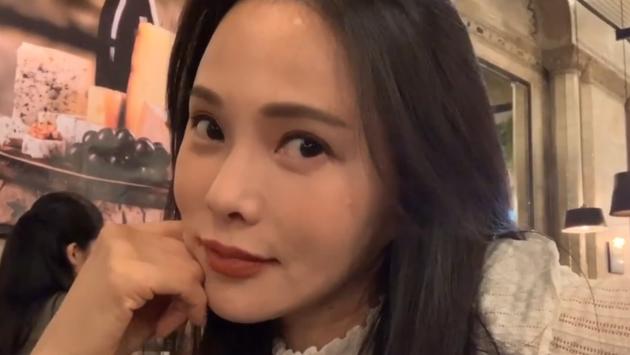 """伊能静庆生自诩""""老女孩"""":52岁活得比任何时候都精彩"""