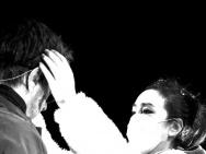 音樂會與老公高調秀恩愛 鞏俐為愛甘愿當小助理