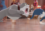 """由华纳兄弟影片公司出品的《猫和老鼠》(Tom & Jerry) 大电影发布""""欢乐时光机""""版手绘组图,带观众们秒回童年,重温有汤姆和杰瑞陪伴的欢乐时光。《猫和老鼠》作为伴随几代人长大的经典动画,见证了每一个人的成长,一张张图片打造出一份""""猫鼠回忆录"""",再现美好回忆,全面引爆情怀杀,甚至有网友精心制作创意视频致敬经典!《猫和老鼠》将于2月26日在全国电影院上映,预售现已开启,赶快购票重拾属于你的童年回忆,和汤姆杰瑞团圆欢度元宵佳节!"""