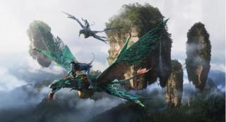 《阿凡达》重映首周末夺冠 重登全球影史票房第一