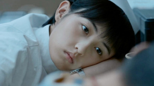 把自己完全交给角色 《我的姐姐》为张子枫的演技点赞