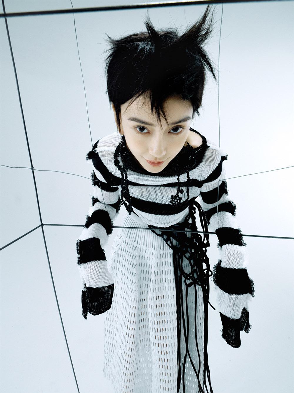 《【杏鑫代理主管】Angelababy短发造型登封 黑猫大片尽显神秘慵懒》