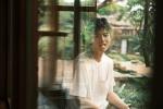 陈飞宇曝春日森系大片庆生 穿白T恤少年感满溢