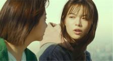 2021年度中国电影市场票房喜提200亿 《悬崖之上》开启首轮点映