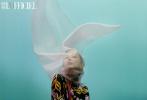 4月23日,古力娜扎《时装 L\'OFFICIEL》5月刊时尚大片曝光,解锁双封面。娜扎头戴朦胧面纱,尽显神秘优雅;皮衣套装的凌厉气场,简约背景下的时装片,温柔又有力量感。