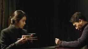 M观影团举办《悬崖之上》提前观影 影片主场景让张译追忆童年