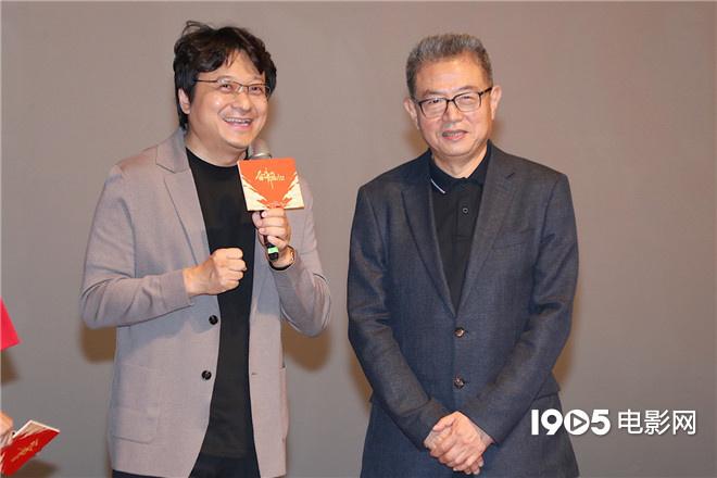 4K版《奋斗吧中华儿女》首映 朱亚文等主创推介