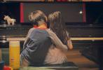 """6月7日,孙俪通过微博晒出多张一家四口的温馨日常照,纪念与邓超结婚十周年,并配文写道:""""我们共同走过春夏秋冬感受喜怒哀乐……10年了,祝福现在,期待未来。"""""""