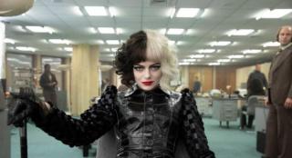 《黑白魔女库伊拉》获好评 艾玛·斯通颠覆自我